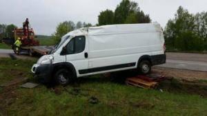automobilio ištraukimas Technine-pagalba-kelyje-istraukimas-transportavimas-krano-paslaugos-574-2015.05.04 (9)
